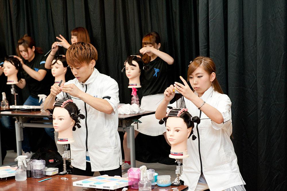 函館理容美容専門学校画像
